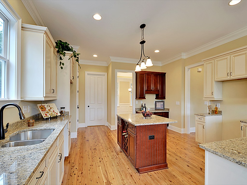 Lowcountry premier custom homes new home projects 1030 for Custom builders charleston sc