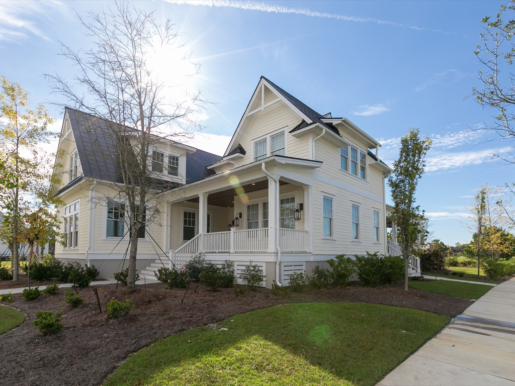 Lowcountry premier custom homes new home projects 329 for Builders in sc